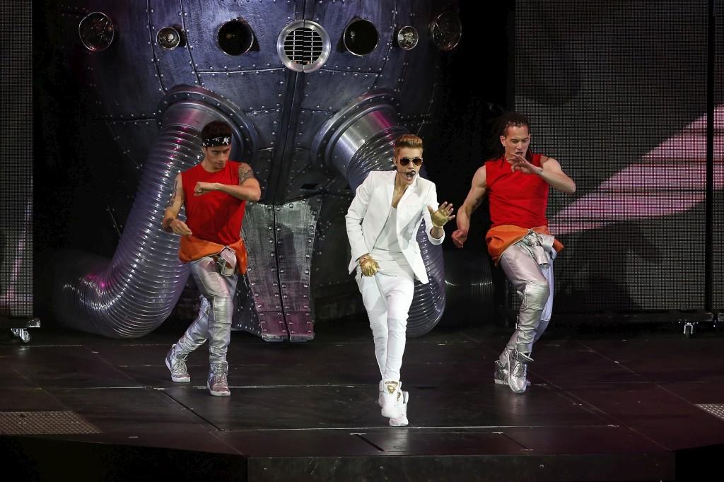 """A digressão mundial de Justin Bieber serve de apresentação do seu mais recente trabalho """"Believe"""""""