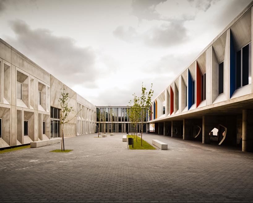 """Os aquitectos """"combinam a arte e a arquitectura neste projecto"""", considera Javier Quintana."""